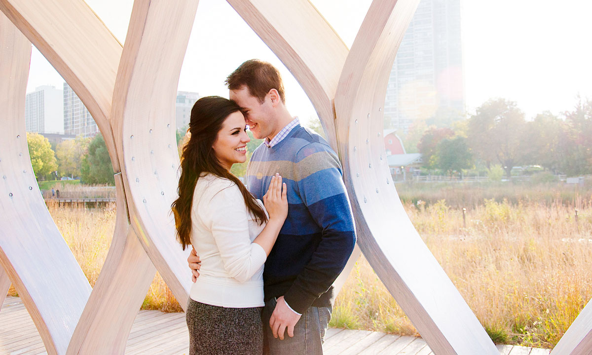 Lincoln Park Arch Chicago Engagement